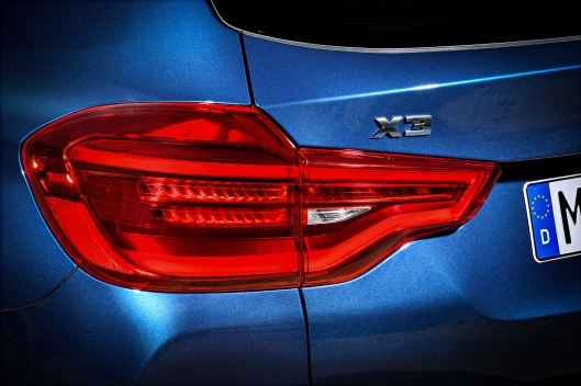 2018 BMW X3 M40i Tail Light