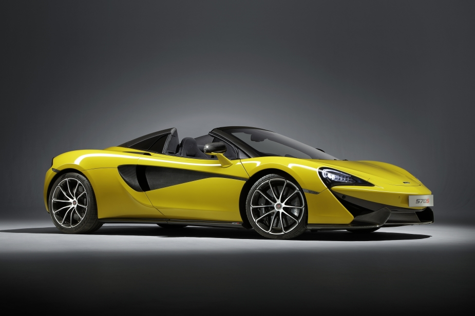 Medium-7824140617-McLaren-570S-Spider-1y