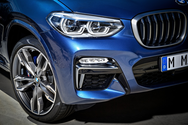 2018 BMW X3 M401 Headlights