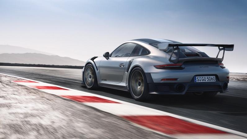 Porsche 911 GT2 RS Rear Side