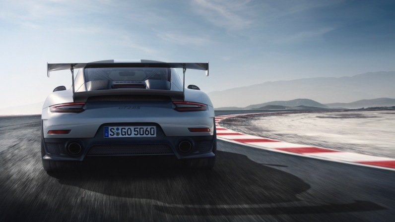 Porsche 911 GT2 RS Rear